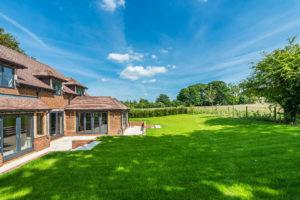 Highfield - garden large (2)