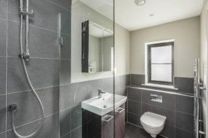Highfield - shower - small (2)
